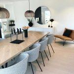 Vous devez voir cette merveilleuse salle à manger avec des meubles de luxe pour...