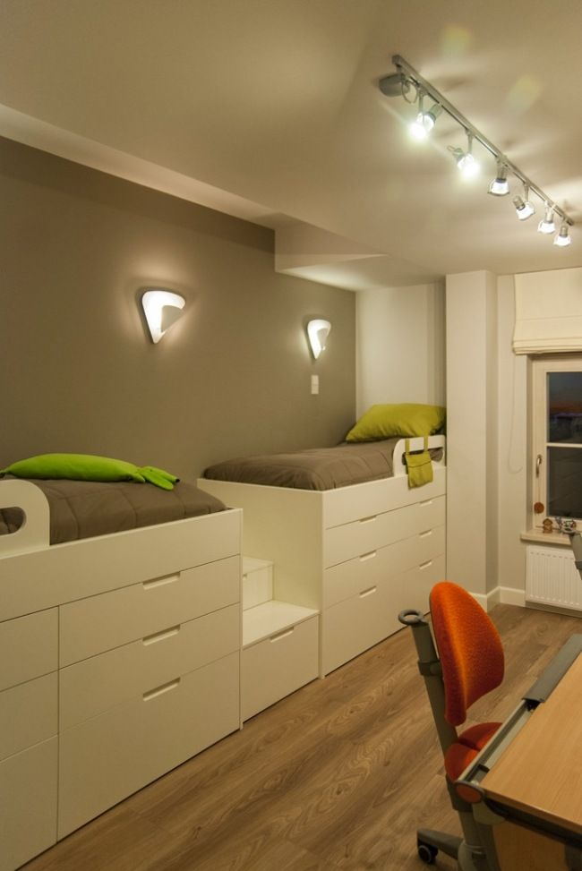 petite pépinière est logique de mettre en place des lits mezzanine avec une boîte de lit