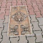 1.5 x 2.7 Ft Small Rug, Unique Turkish Rug, Orange Rug, Traditional Design Turkish Carpet, Organic W