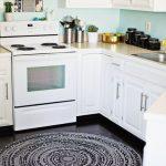 10 Ways to Make a Warm & Cozy Round Area Rug