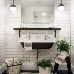 40+ Classy farmhouse bathroom makeover ideas