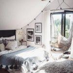 Ein schöner und kuscheliger Teppich darf auch im Schlafzimmer nicht fehlen! Der...