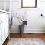 Farmhouse Main Bathroom // Our Quick $1000 Bathroom Remodel is Done!