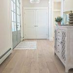 Hallmark Floors sur Instagram: «Une entrée audacieuse et magnifique avec notre