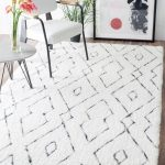 Hand Tufted Beaulah Shaggy Rug in White design by NuLoom