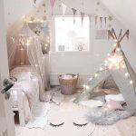 Mädchenschlafzimmer, Kinderzimmer im nordischen Stil, Renovierung, minimalistischer Stil, Einrichtungsideen für Kinderzimmer, Wohnen im nordischen skandinavischen Stil