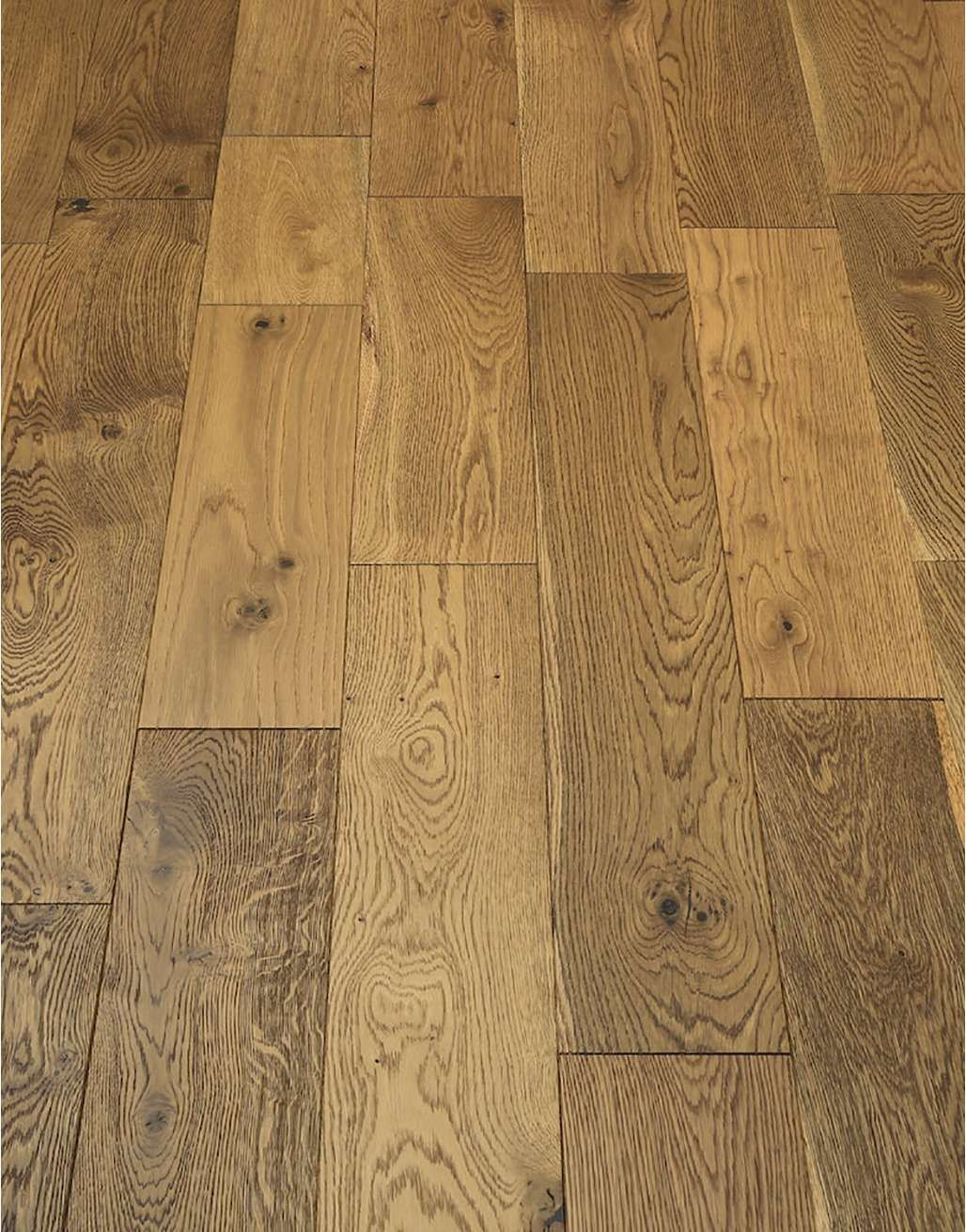 Manor Golden Smoked Oak Brushed & Lacquered Engineered Wood Flooring
