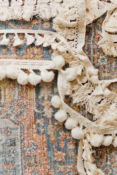 Try this DIY rug hack using inexpensive trims from the craft store. Click throug…