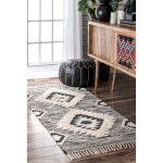 nuLOOM Grey/Black Southwestern Flatweave Hand-woven Wool Ikat Tassel Area Rug